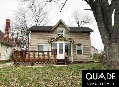 Columbia County Single Family Home For Sale: 228 Mary St
