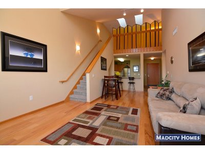 Madison WI Condo/Townhouse For Sale: $159,900