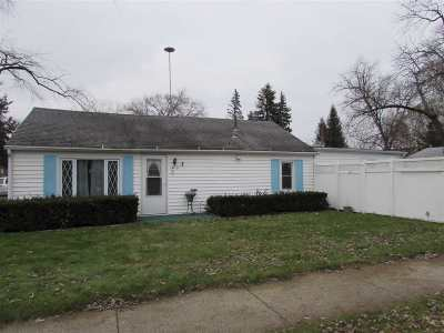 Janesville Single Family Home For Sale: 2416 Kellogg Ave