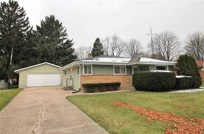 Janesville Single Family Home For Sale: 1812 Elida St
