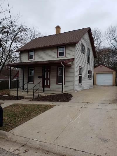 Janesville Single Family Home For Sale: 442 Harding St