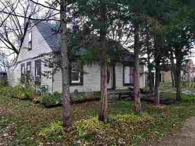 Beloit Single Family Home For Sale: 3325 Prairie Ave