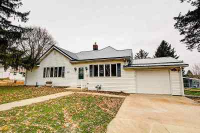 Iowa County Single Family Home For Sale: 218 E Dodge St