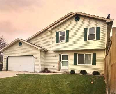 Sun Prairie Single Family Home For Sale: 1736 Apple Dr