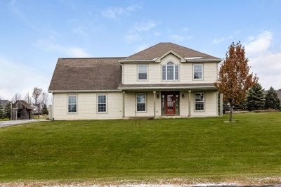 Dodge County Single Family Home For Auction: W1198 Rolling Hills Dr