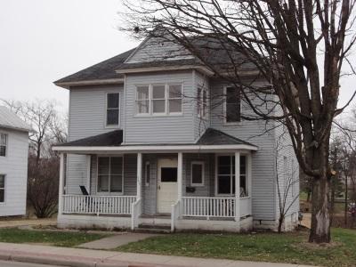 Platteville Single Family Home For Sale: 345 N Water St
