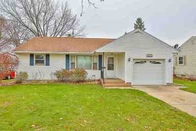 Janesville Single Family Home For Sale: 1709 Gartland Ave