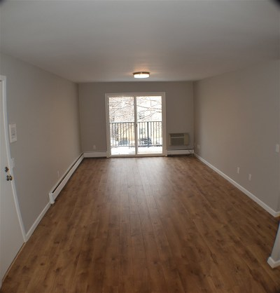 Madison WI Condo/Townhouse For Sale: $79,900