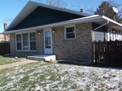 Rock County Single Family Home For Sale: 305 Mill St