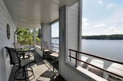 Wisconsin Dells Condo/Townhouse For Sale: 530 E Hiawatha Dr #420