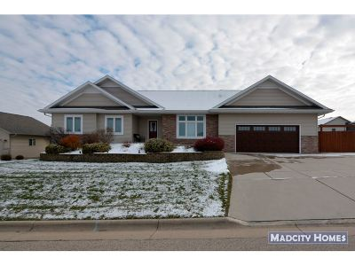 Rock County Single Family Home For Sale: 3773 Ridge Dr