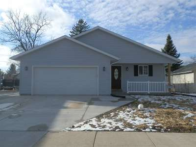 Rock County Single Family Home For Sale: 481 N Pearl St