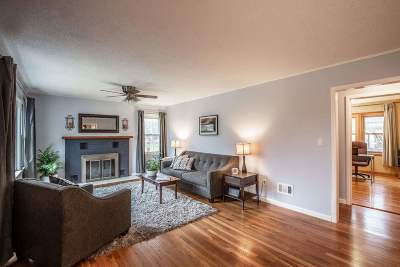 Fitchburg Single Family Home For Sale: 2102 Shafer Dr