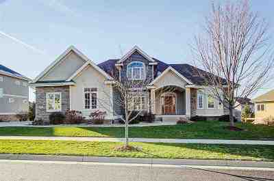 Dane County Single Family Home For Sale: 1711 Dunwoody Ln
