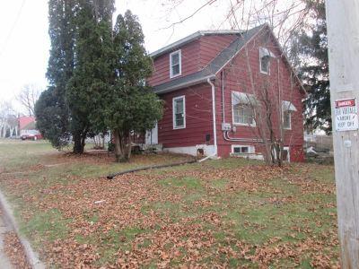 Platteville Single Family Home For Sale: 275 W Dewey St
