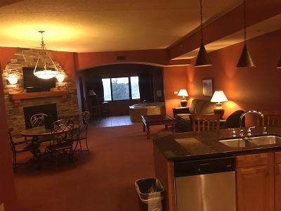 Wisconsin Dells Condo/Townhouse For Sale: 2411 River Rd #2623