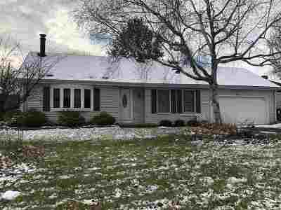 Sun Prairie WI Single Family Home For Sale: $239,000