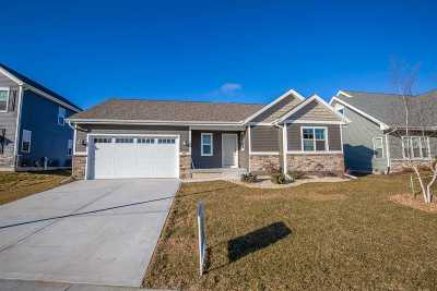 Sun Prairie Single Family Home For Sale: 280 S Longfield Dr