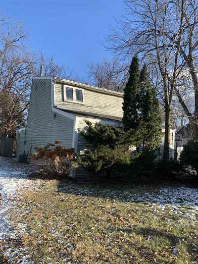Madison WI Single Family Home For Sale: $179,000