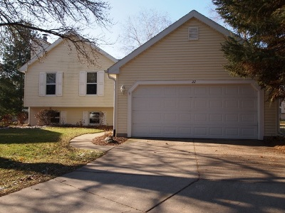 Madison Single Family Home For Sale: 22 Crossbridge Ct