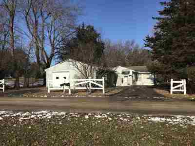 Merrimac WI Single Family Home For Sale: $99,900