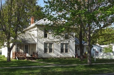 Baraboo WI Multi Family Home For Sale: $144,900