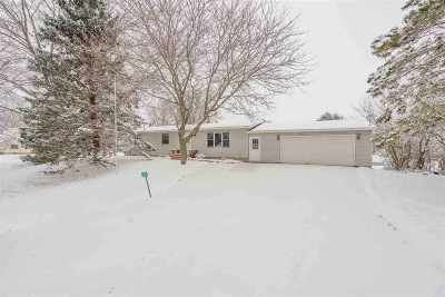 Sun Prairie Single Family Home For Sale: 2876 Hilton Ln