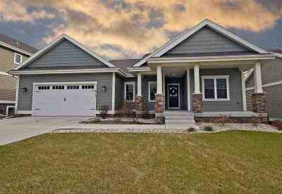 Waunakee Single Family Home For Sale: 1010 Tara Ln