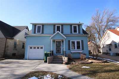Dodge County Single Family Home For Sale: 410 S Grove St