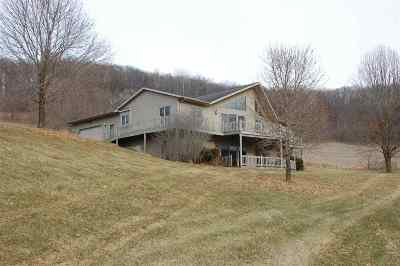 Richland Center Single Family Home For Sale: 23525 County Road Nn