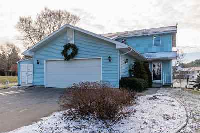 Sauk City WI Single Family Home For Sale: $320,000