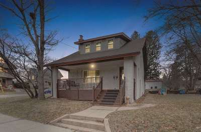 Stoughton Single Family Home For Sale: 724 Patterson St