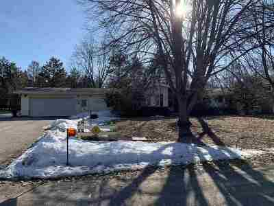 Adams WI Single Family Home For Sale: $134,900