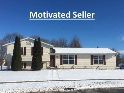 Green County Single Family Home For Sale: 568 Mitchell St