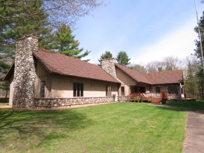Wisconsin Dells Single Family Home For Sale: 1490 Hwy 82