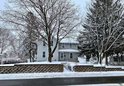 Verona Single Family Home For Sale: 415 S Main St