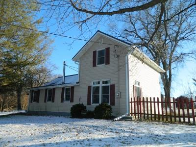 Green County Single Family Home For Sale: W2495 Zurfluh Rd