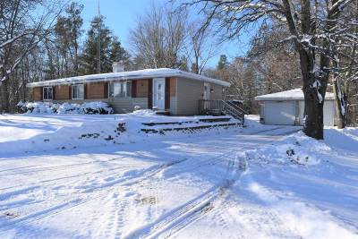 Adams WI Single Family Home For Sale: $95,000