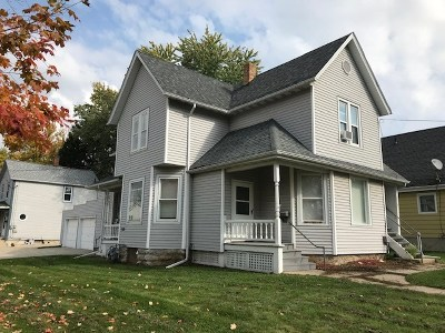 Dodge County Single Family Home For Sale: 202 E 3rd St