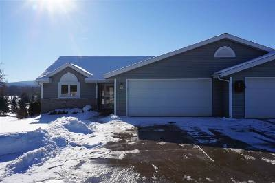 Baraboo WI Condo/Townhouse For Sale: $319,900