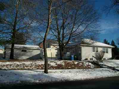 Columbia County Single Family Home For Sale: 529 W Cook St