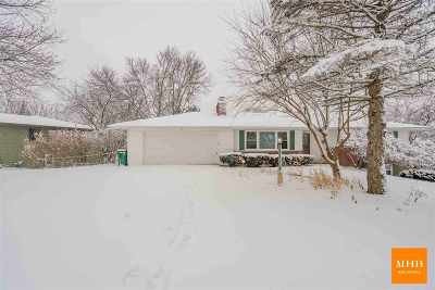 Mount Horeb Single Family Home For Sale: 311 Blue View Dr