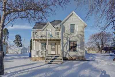Arlington Single Family Home For Sale: 303 Reagles St