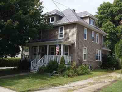 Dodge County Single Family Home For Sale: 706 S Spring St