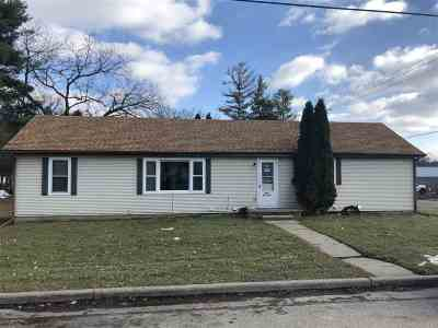 Baraboo WI Multi Family Home For Sale: $172,000