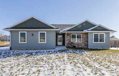 Green County Single Family Home For Sale: 328 N 11th Ave