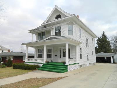 Green County Single Family Home For Sale: 532 S Main St