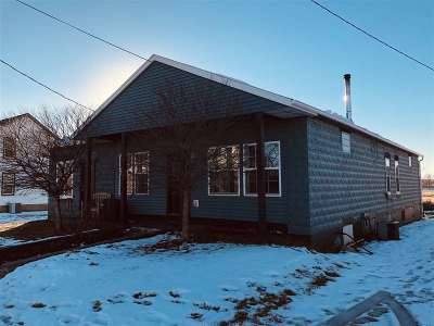 Sauk City WI Single Family Home For Sale: $159,900