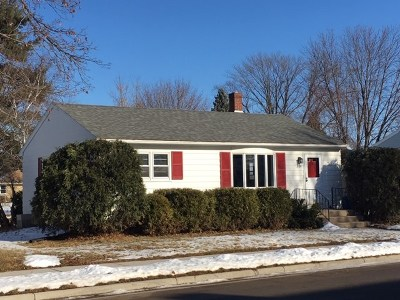 Waunakee Single Family Home For Sale: 309 4th St
