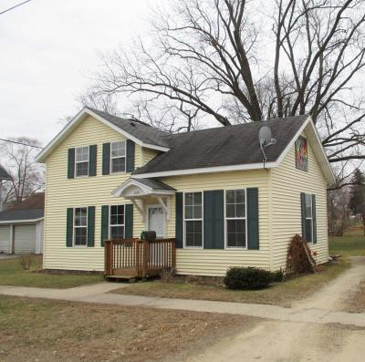 Green County Single Family Home For Sale: 806 14th St